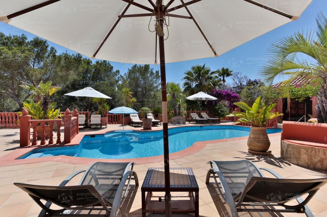 ei-703-17can-sol-villa-holiday-rental-ibiza-property-14