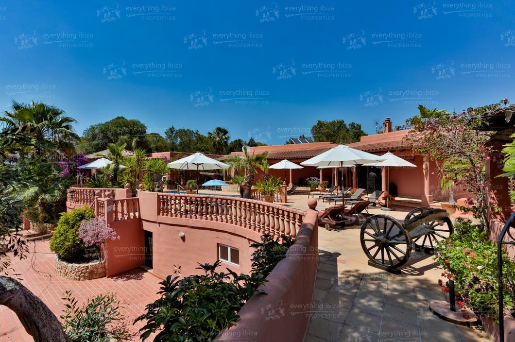 ei-703-19can-sol-villa-holiday-rental-ibiza-property-18