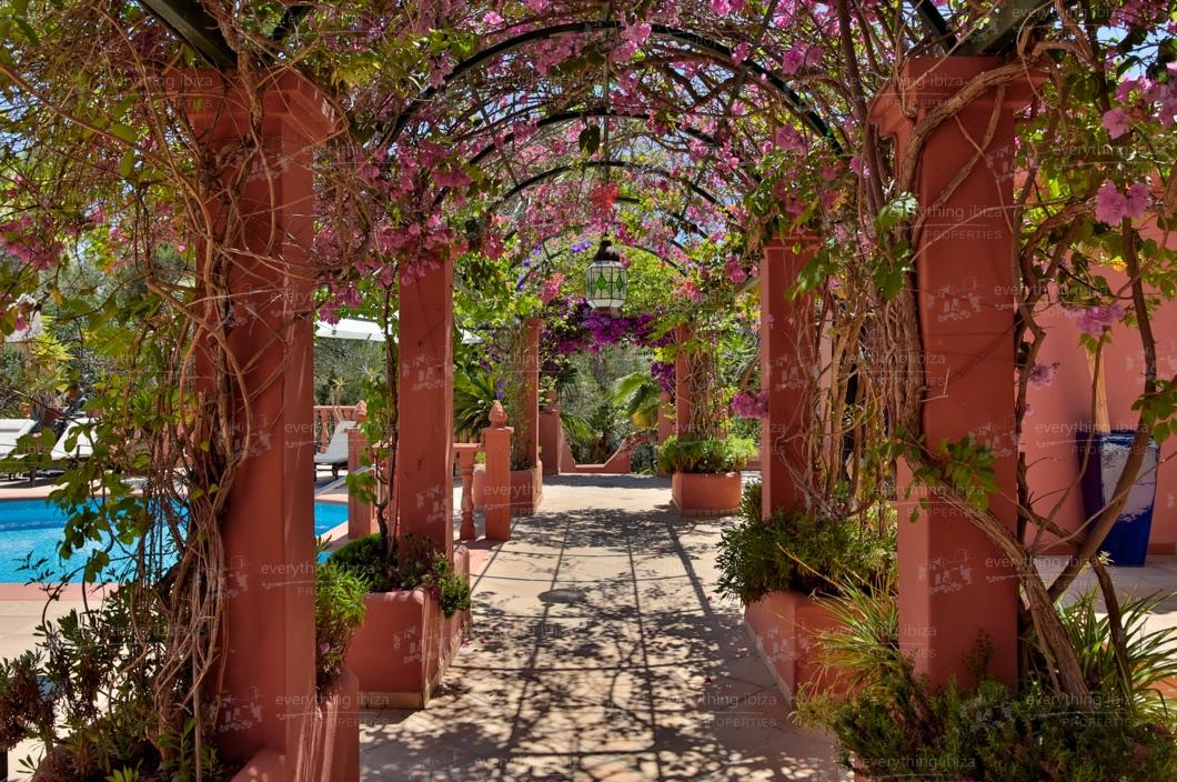 ei-703-22can-sol-villa-holiday-rental-ibiza-property-11