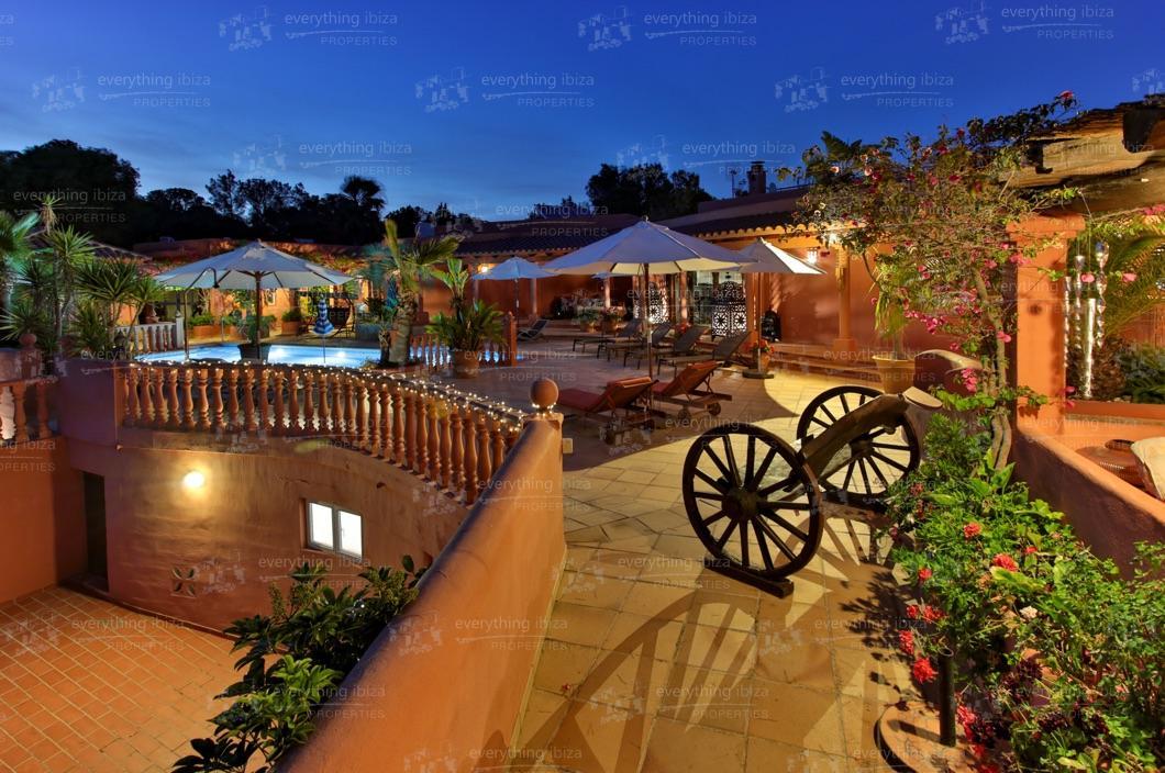 ei-703-37can-sol-villa-holiday-rental-ibiza-property-49