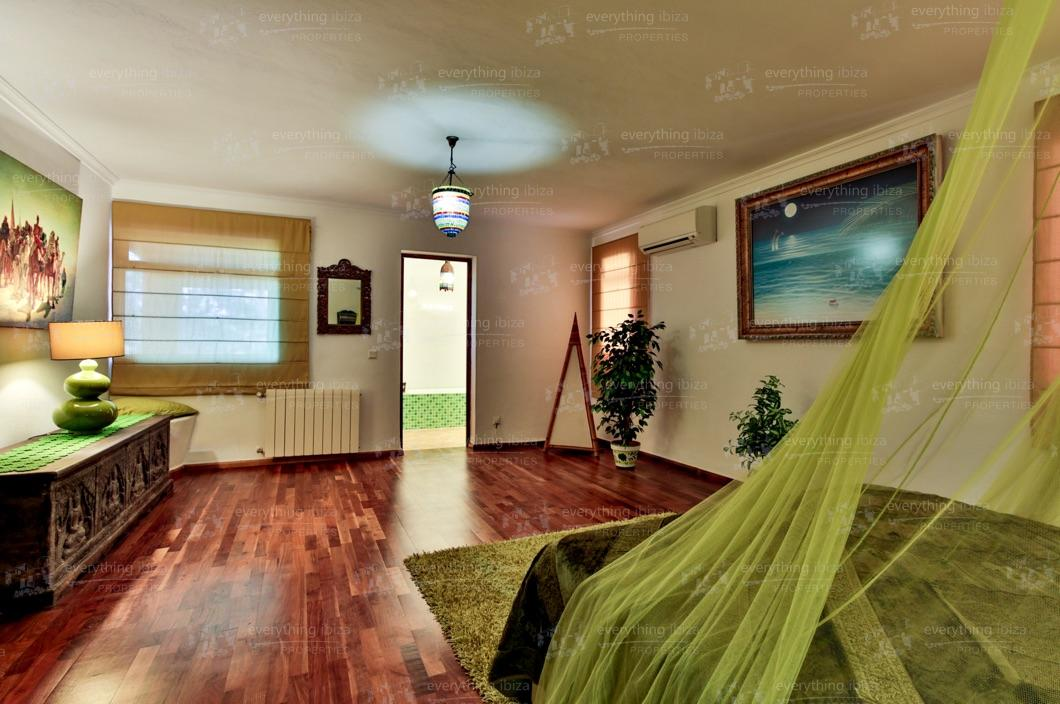 ei-703-41can-sol-villa-holiday-rental-ibiza-property-32