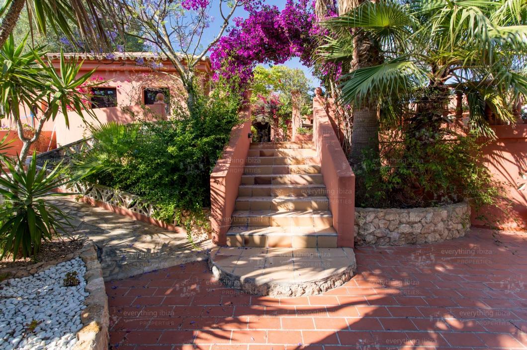 ei-703-43can-sol-villa-holiday-rental-ibiza-property-23