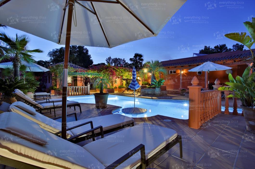 ei-703-53can-sol-villa-holiday-rental-ibiza-property-47