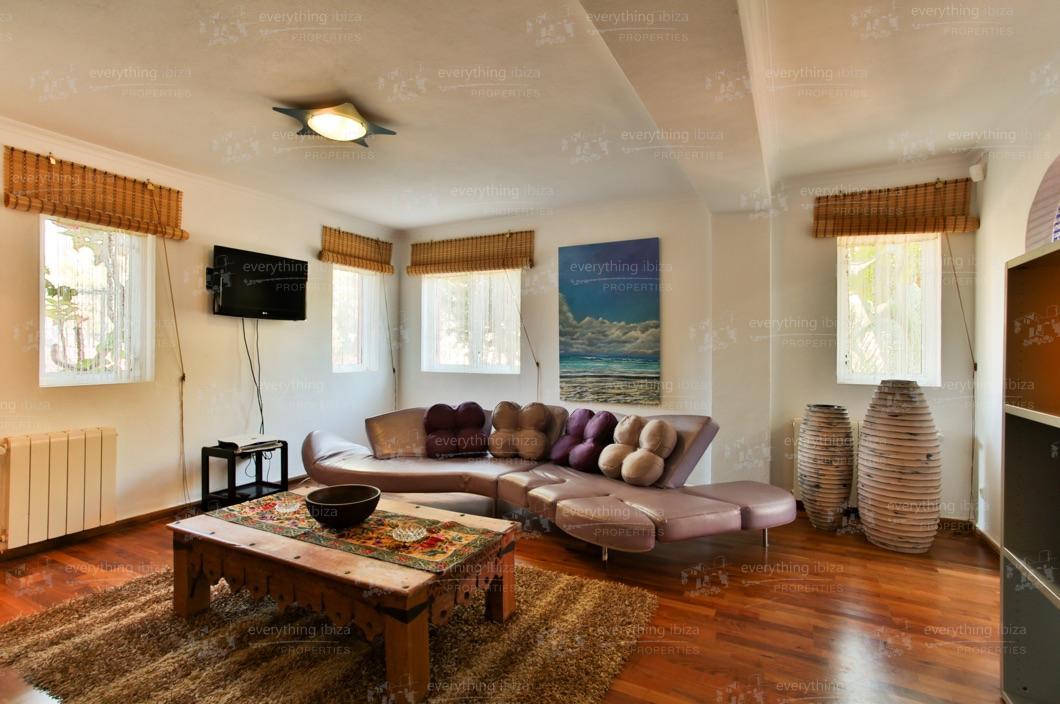 ei-703-70can-sol-villa-holiday-rental-ibiza-property-29