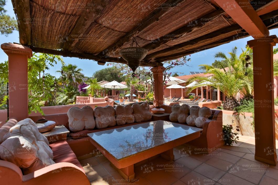 ei-703-77can-sol-villa-holiday-rental-ibiza-property-17