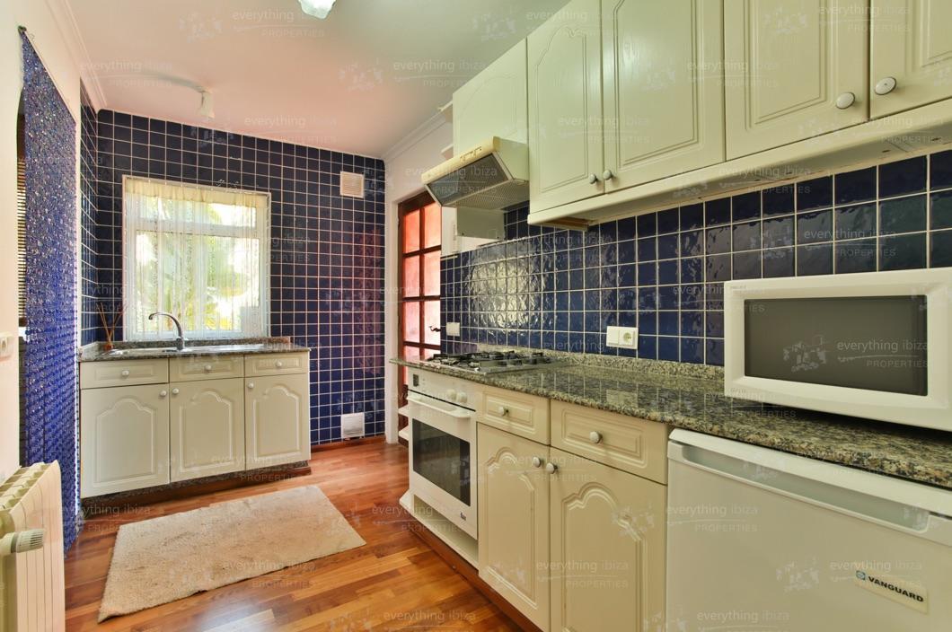 ei-703-79can-sol-villa-holiday-rental-ibiza-property-28